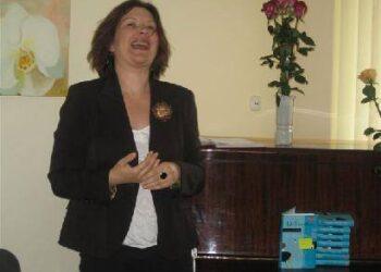 """Žurnaliste Eglei Černiauskaitei katalikiško laikraščio pasiūlymas """"gyventi iš dvasinių vertybių"""" netiko."""