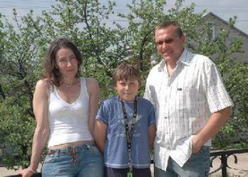 Arūnas Stanelis džiaugiasi lietuvišku pavasariu su šeima.