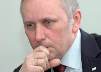 SEB Vilniaus banko Anykščių filialo direktorius Vytautas Bernatavičius pasiūlė verslininkams sumažinti komercinės paskirties žemės nuomos mokestį.