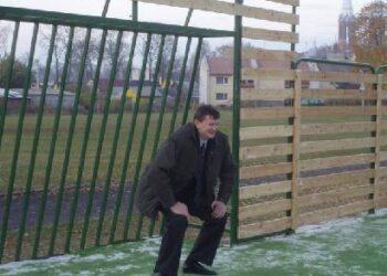 Buvęs krepšininkas Sergejus Jovaiša naujojoje aikštelėje krepšinio kamuolį pakeitė į futbolo.