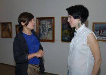 Kalbasi aktorė Toma Razmislavičiūtė ir dizainerė Kristina Kruopienytė. Autoriaus nuotr.