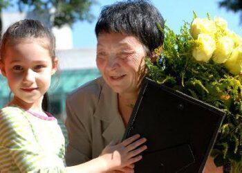 Evgenijos Baltronienės anūkė Ieva sakė, kad jos močiutė labai gera. Jono JUNEVIČIAUS nuotr.