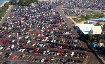 Taip netrukus atrodys administracijos autoparkas.