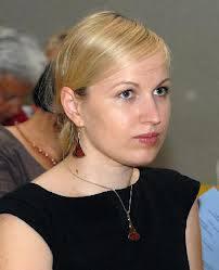 Kurį laiką Socialinės paramos skyriaus vedėja Veneta Veršulytė dirba be pavaduotojo. Bet netrukus ji turės pagalbininką. Jono JUNEVIČIAUS nuotr.