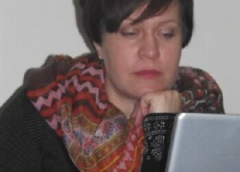 Į elektroninius laiškus be elektroninio parašo savivaldybės spaudos atstovė Virginija Ros Garcia ir toliau neatsakinėja.