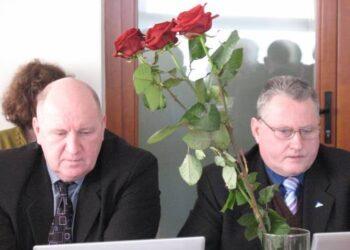 Darbo partijos atstovų rajono Taryboje Vaidučio Zlatkaus ar Alfrydo Savicko valdančioji dauguma į komisiją nepriėmė. Vidmanto ŠMIGELSKO nuotr.