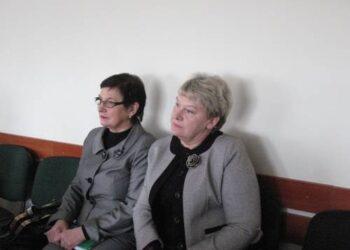 Kavarsko vidurinės mokyklos direktorė Genė Leitienė ir J.Biliūno gimnazijos direktorė Regina Drūsienė nuo rugsėjo taps lyg ir bendraturtėmis. Vidmanto ŠMIGELSKO nuotr.