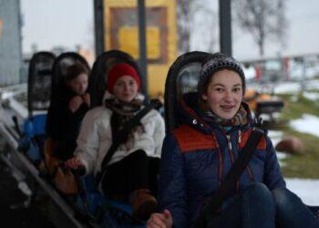 Atšalus orams rogutėmis skrieti - vėsoka, tačiau žiemą prie jų nebūna eilių. Brigitos RAMANAUSKAITĖS nuotr.