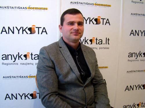 """UAB """"Anykščių komunalinis ūkis"""" renovacijos projektų vadovas Linas Pravilionis."""