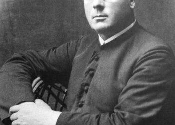 Troškūnų klebonas Antanas Pauliukas daugiau negu dvidešimt metų stropiai rašė dienoraštį