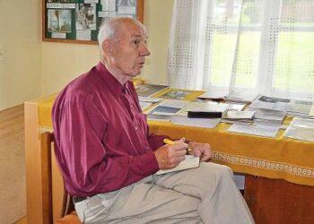 Rimantas Greičius su nuostaba apžiūrėjo Svėdasų krašto (Vaižganto) muziejų–buvusią Kunigiškių pradžios mokyklą, kur mokytojavo jo senelis, kur gimė ir augo motina bei kiti artimieji.