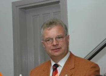 Iš trijų pretendentų į savivaldybę atvyko tik vienintelis dabartinis Anykščių ligoninės direktorius Dalis Vaiginas.