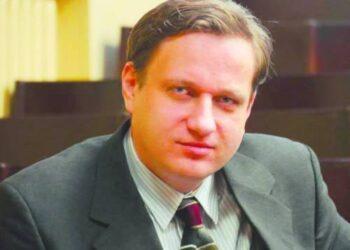 Anykštėnas istorikas, humanitarinių mokslų daktaras Tomas Baranauskas ne tik populiarina istorijos mokslą, bet ir aktyviai reiškia nuomonę visuomenės gyvenimo bei politikos klausimais.